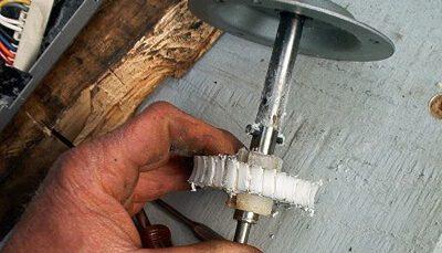 Garage-door-opener-gear-repair
